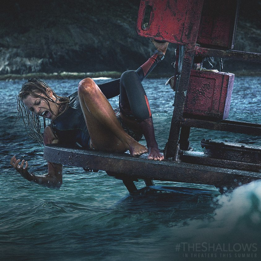 The-Shallows-Movie-still3